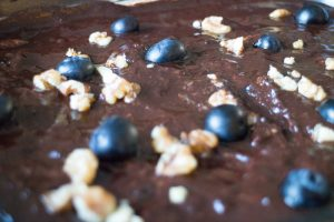 keto torte recipe with blueberries and walnut topping